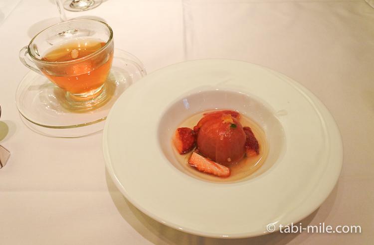 銀座栃木屋本店 デザートトマトいちご 紅茶
