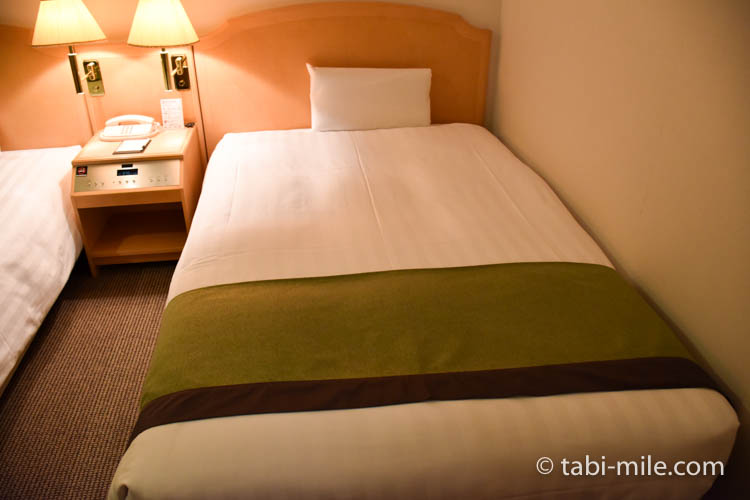 青森旅行 ホテルJALシティ青森 部屋 ベッド