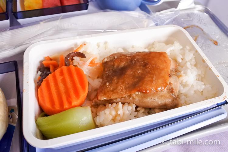 チャイナエアライン エコノミークラス 機内食 帰り 照焼きチキン2
