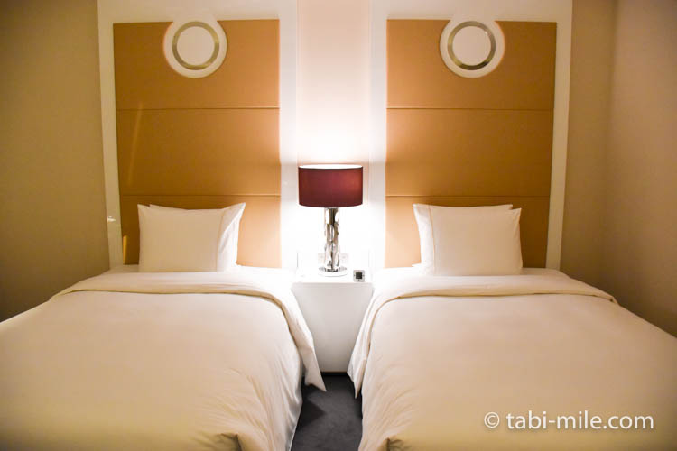 マリオット東京 部屋 ベッド