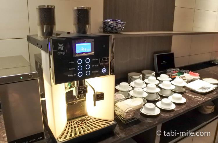 マリオット東京 エグゼクティブラウンジ コーヒー2