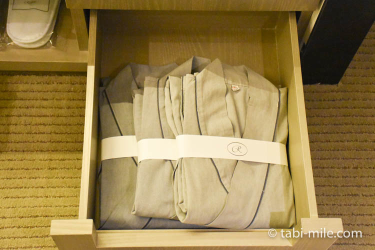 台湾旅行 リージェント台北 部屋衣装ルーム浴衣