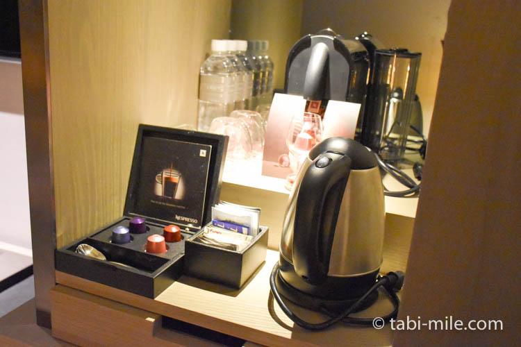 台湾旅行 リージェント台北 部屋ネスプレッソウーロン茶