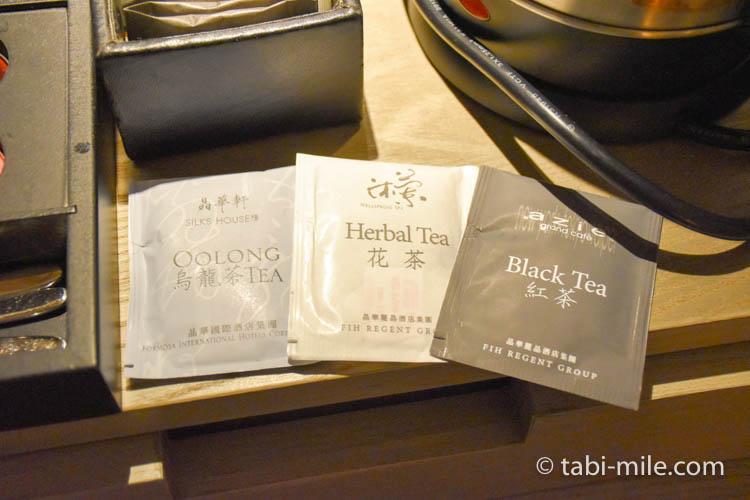 台湾旅行 リージェント台北 部屋ウーロン茶