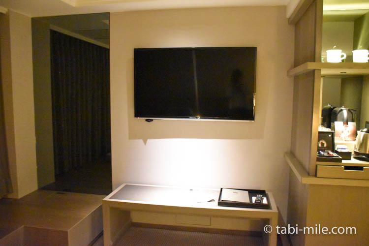 台湾旅行 リージェント台北 部屋テレビ