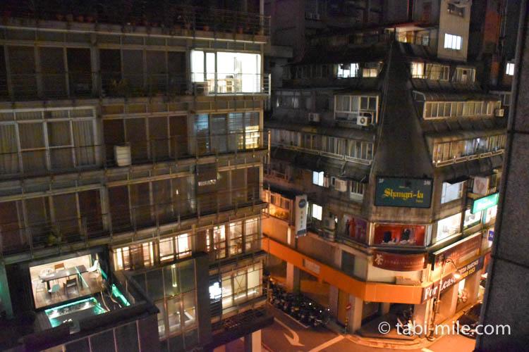 台湾旅行 リージェント台北 部屋からの景色夜1