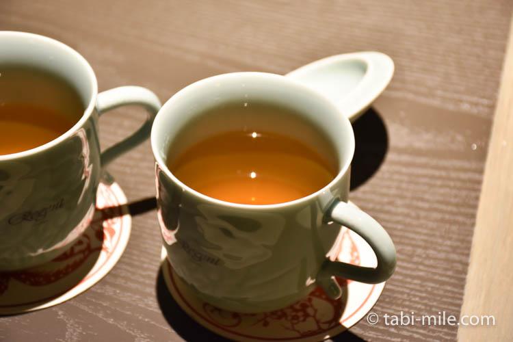 台湾旅行 リージェント台北 部屋マグカップウーロン茶