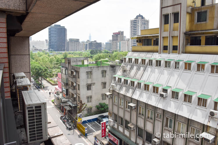 台湾旅行 リージェント台北 部屋からの景色朝2