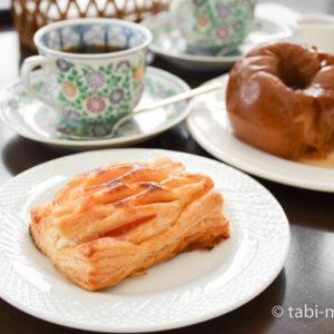 青森弘前 大正浪漫喫茶室 アップルパイ 焼きりんご2