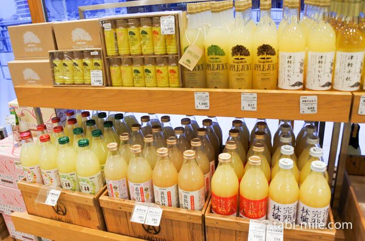 青森お土産 A-FACTORY 中の様子 りんごお酒ジュース2