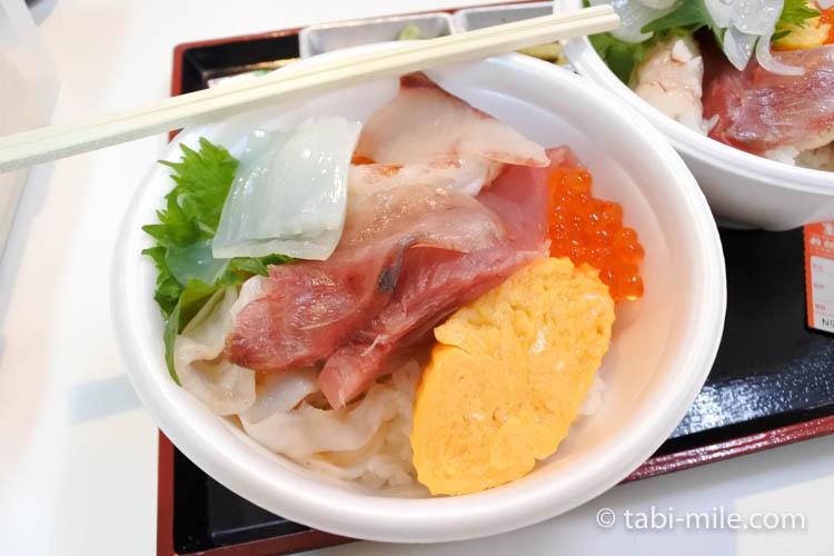 青森魚菜センター古川市場 のっけ丼2