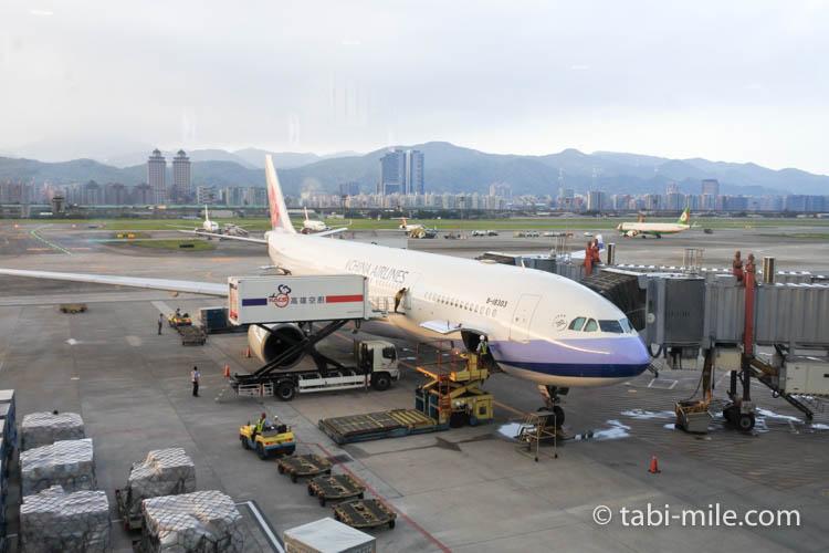 台湾旅行ー台北松山空港 チャイナエアライン