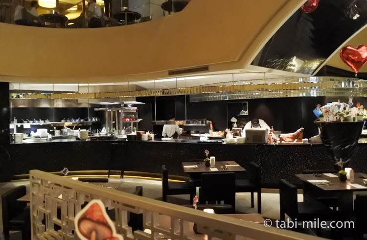 台湾旅行 リージェント台北 azie 牛肉麺店内2