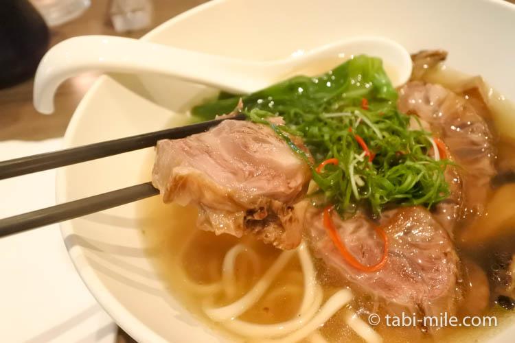 台湾旅行 リージェント台北 azie 牛肉麺4