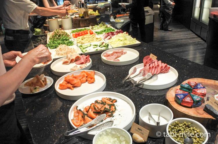 台湾 リージェント台北 朝食 ブラッセリー  サラダ ハム