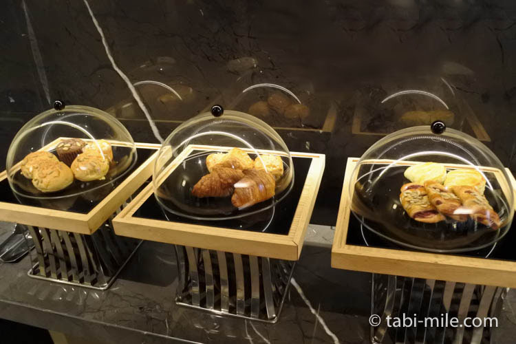 台湾旅行 リージェント台北 ラウンジ パン
