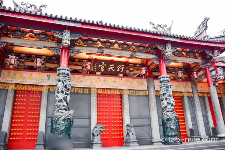 台北行天宮廊