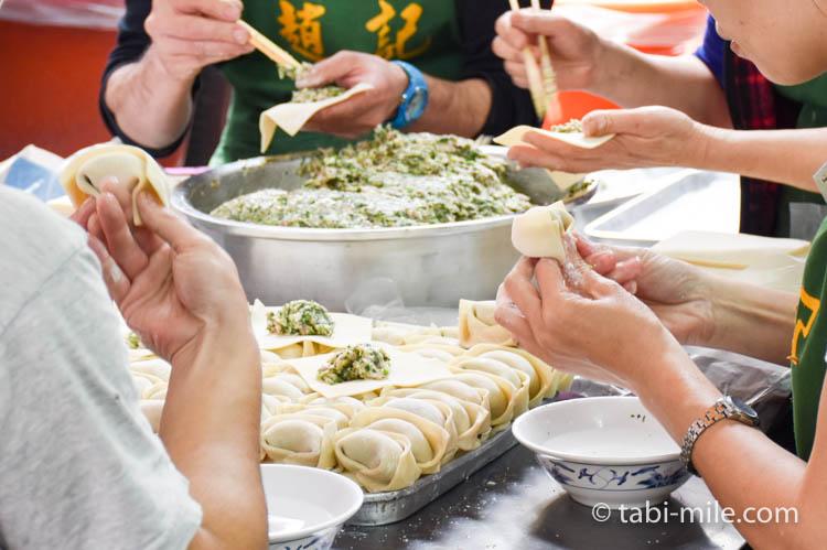 台湾 趙記菜肉餡饅大王 ワンタンスープ 手作り1
