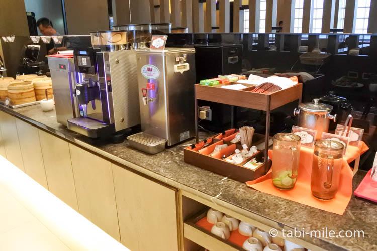 台北松山空港VIPラウンジ飲み物