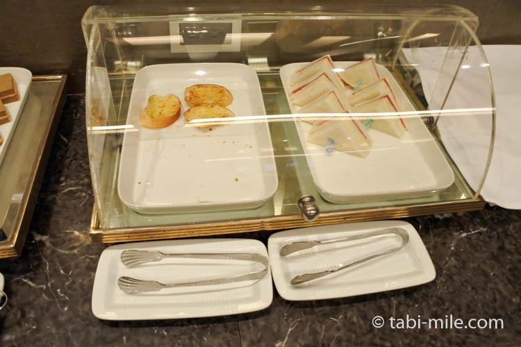 台北松山空港VIPラウンジサンドイッチ