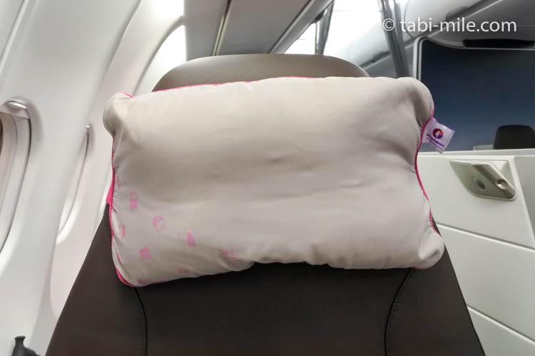 ハワイアン航空 ビジネスクラス様子 枕