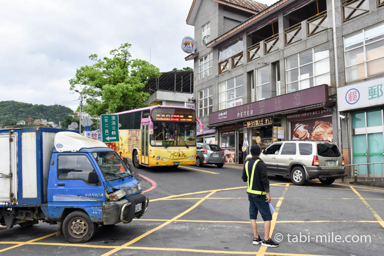 九份から台北への帰り方 瑞芳行きのバス停