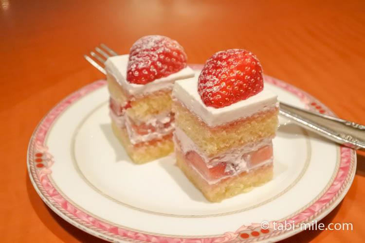 ウエスティンホテル東京エグゼクティブクラブルームのショートケーキ