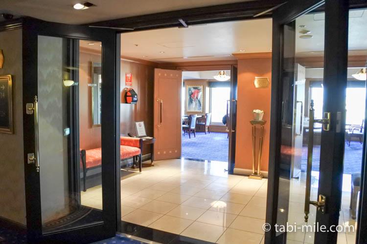 ウェスティンホテル東京 エグゼクティブクラブラウンジ 入り口