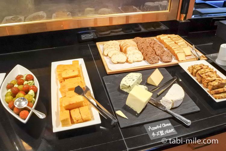 ウェスティンホテル東京 イブニングカクテル パン フォカッチャ