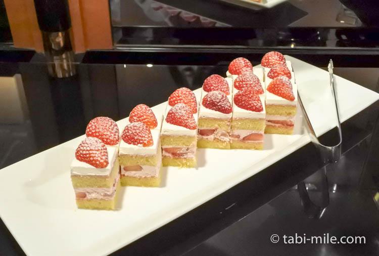 ウェスティンホテル東京 イブニングカクテル ショートケーキ
