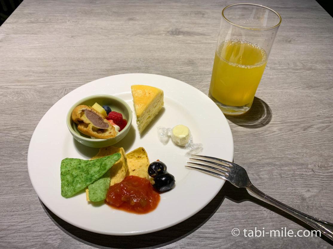 東京マリオットホテル エグゼクティブラウンジ イブニングバイト