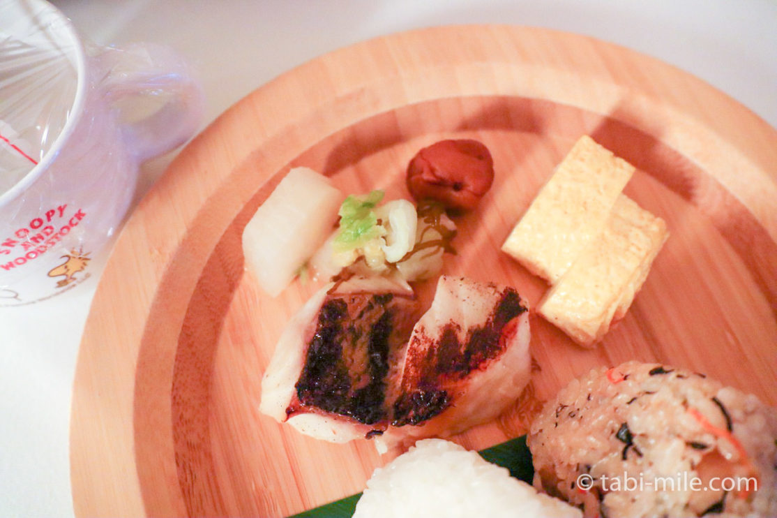 ザ・リッツ・カールトン沖縄 ルームサービス(夕食)