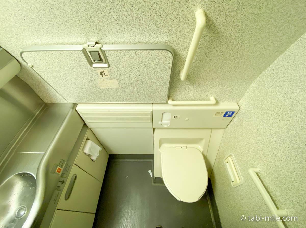 羽田空港、飛行機、機内、トイレ1