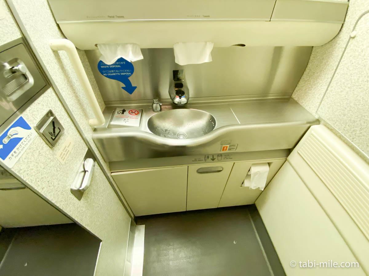 羽田空港、飛行機、機内、トイレ3
