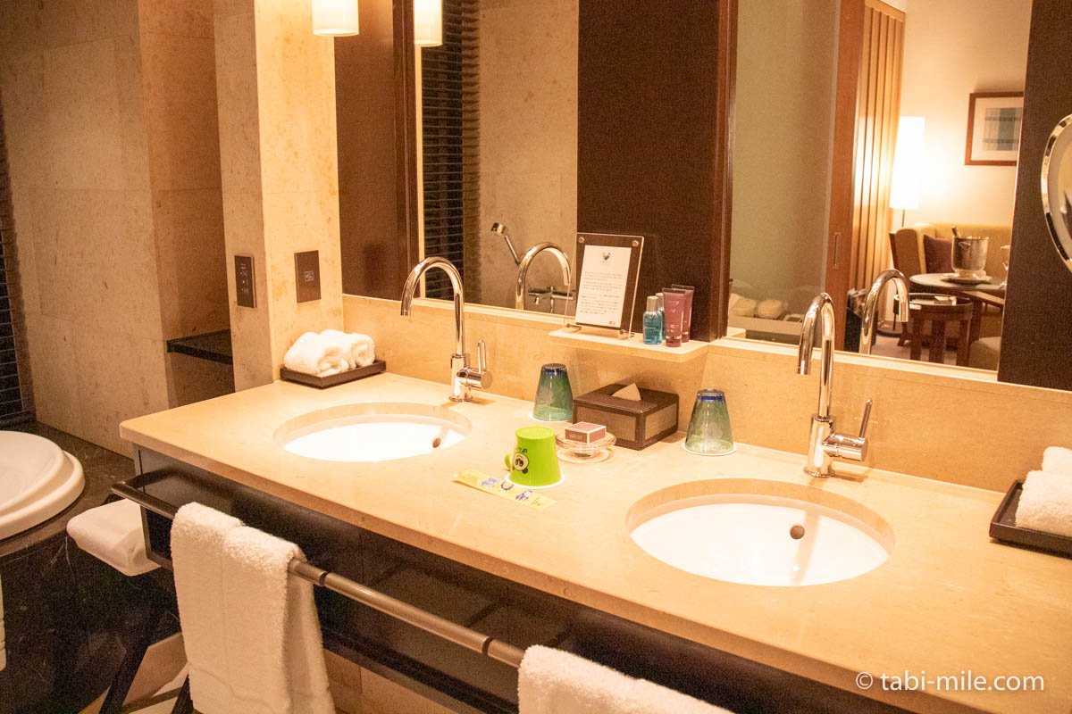 リッツ・カールトン沖縄、客室、洗面所