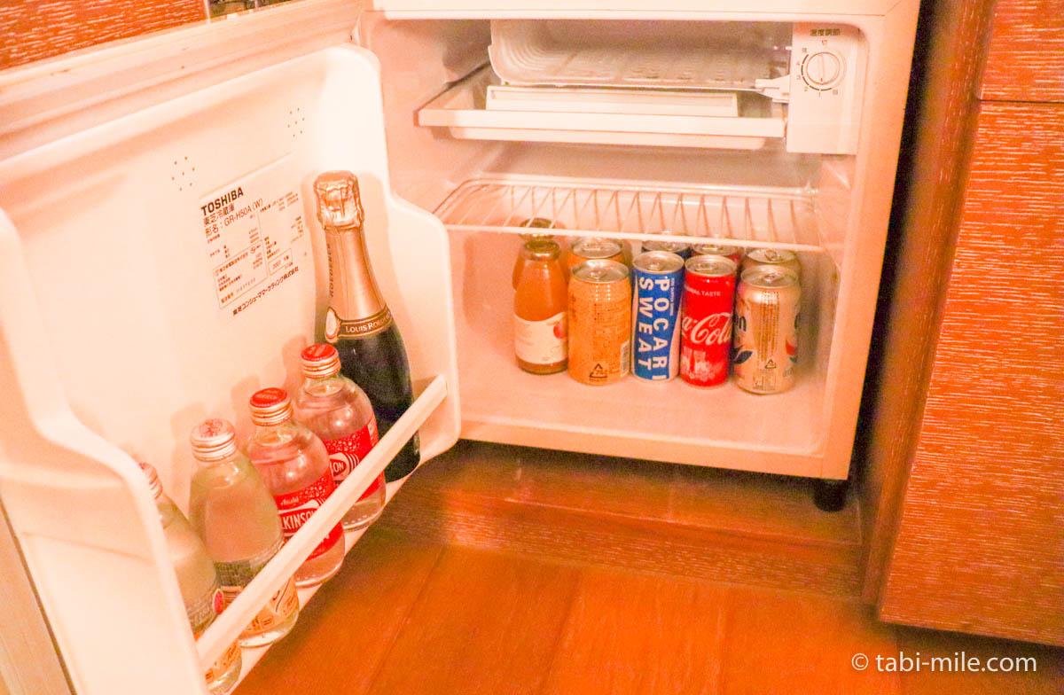 リッツ・カールトン沖縄、客室、冷蔵庫の中身