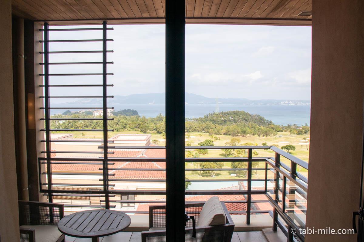 リッツ・カールトン沖縄、客室、バルコニー、景色