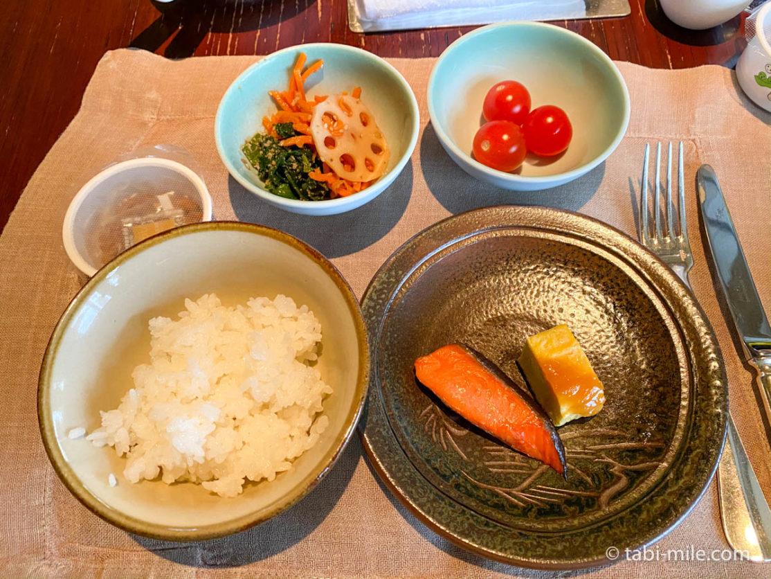 リッツカールトン沖縄、朝食ビュッフェ、グスク、食べた朝食、和食、焼き魚