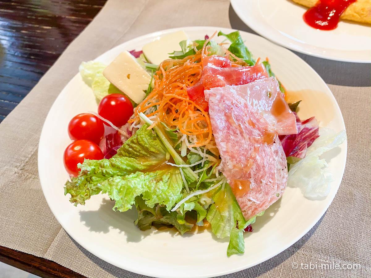 リッツカールトン沖縄、朝食ビュッフェ、グスク、食べた朝食、サラダ