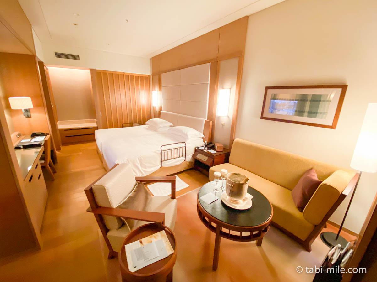 リッツ・カールトン沖縄、客室、窓から見た部屋