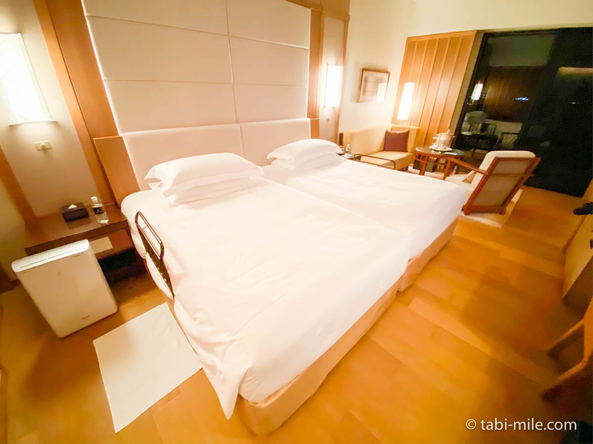 リッツ・カールトン沖縄、客室、ベット、空気清浄機