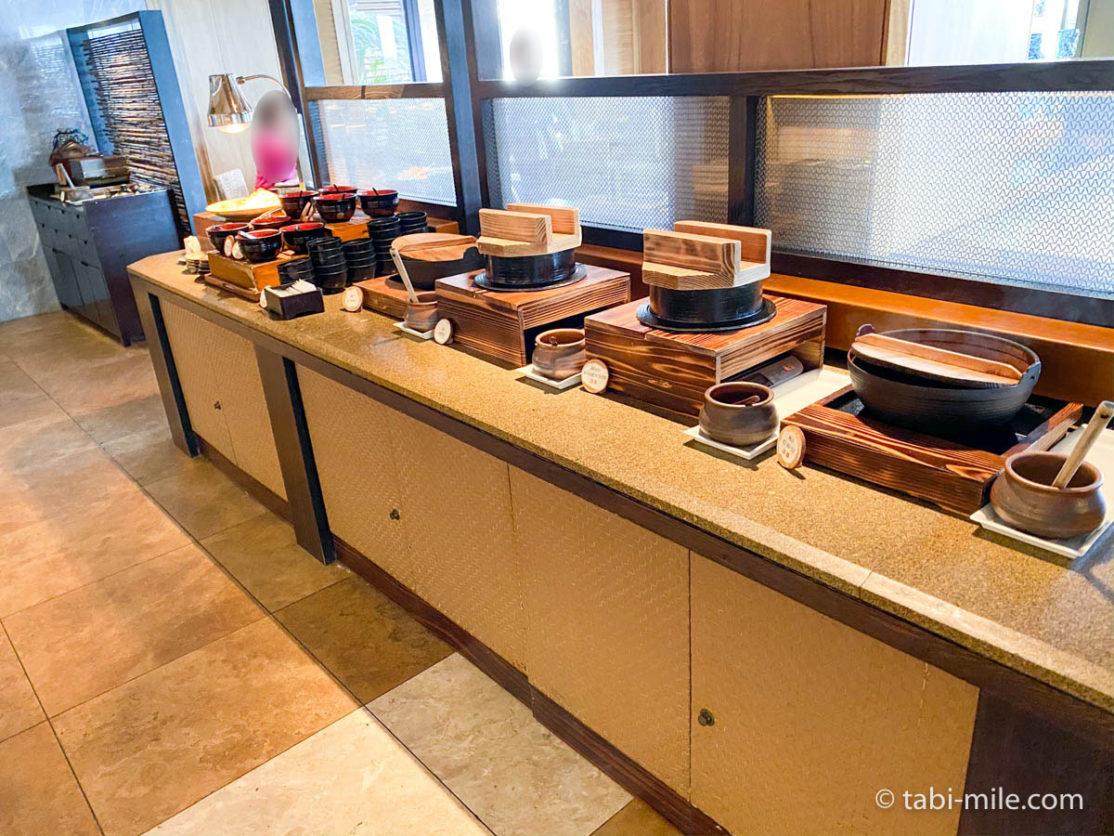 リッツカールトン沖縄、朝食ビュッフェ、グスク、朝食ビュッフェの様子、和食、ごはん