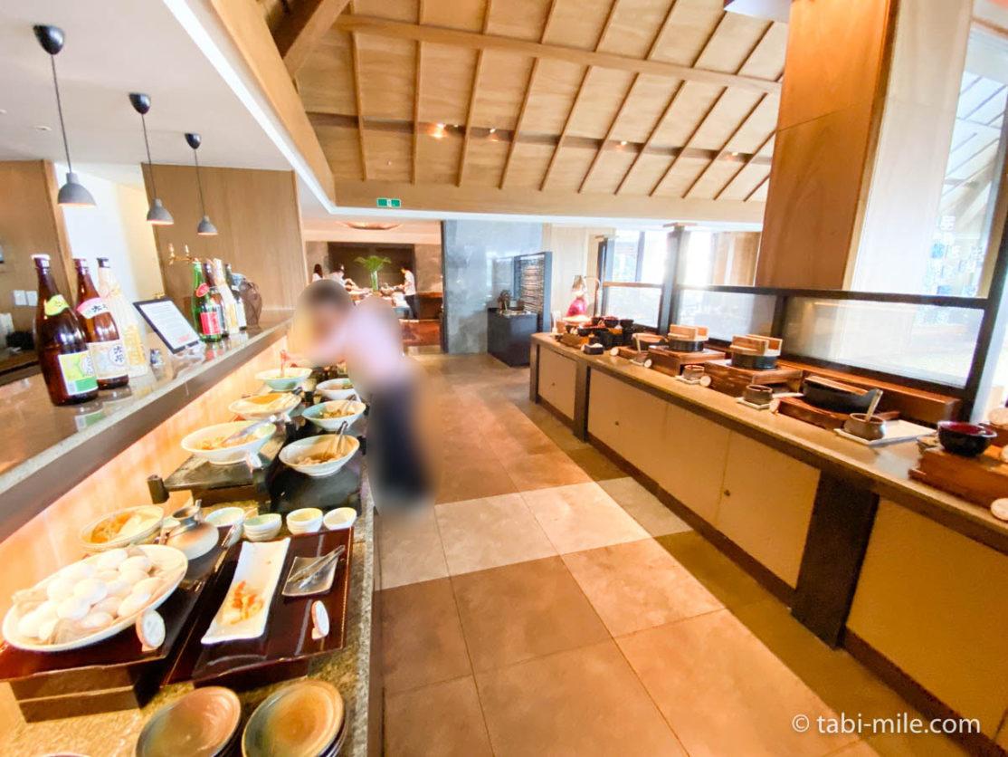 リッツカールトン沖縄、朝食ビュッフェ、グスク、朝食ビュッフェの様子、和食
