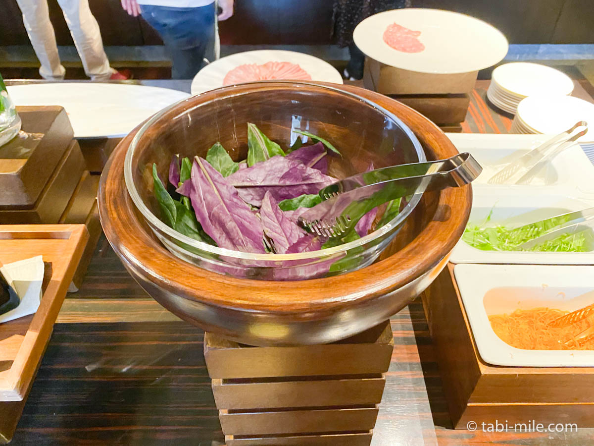 リッツカールトン沖縄、朝食ビュッフェ、グスク、サラダ、ベビーリーフ