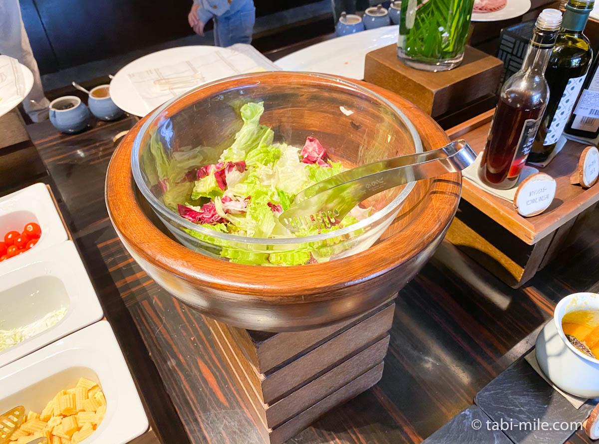 リッツカールトン沖縄、朝食ビュッフェ、グスク、サラダ、レタス