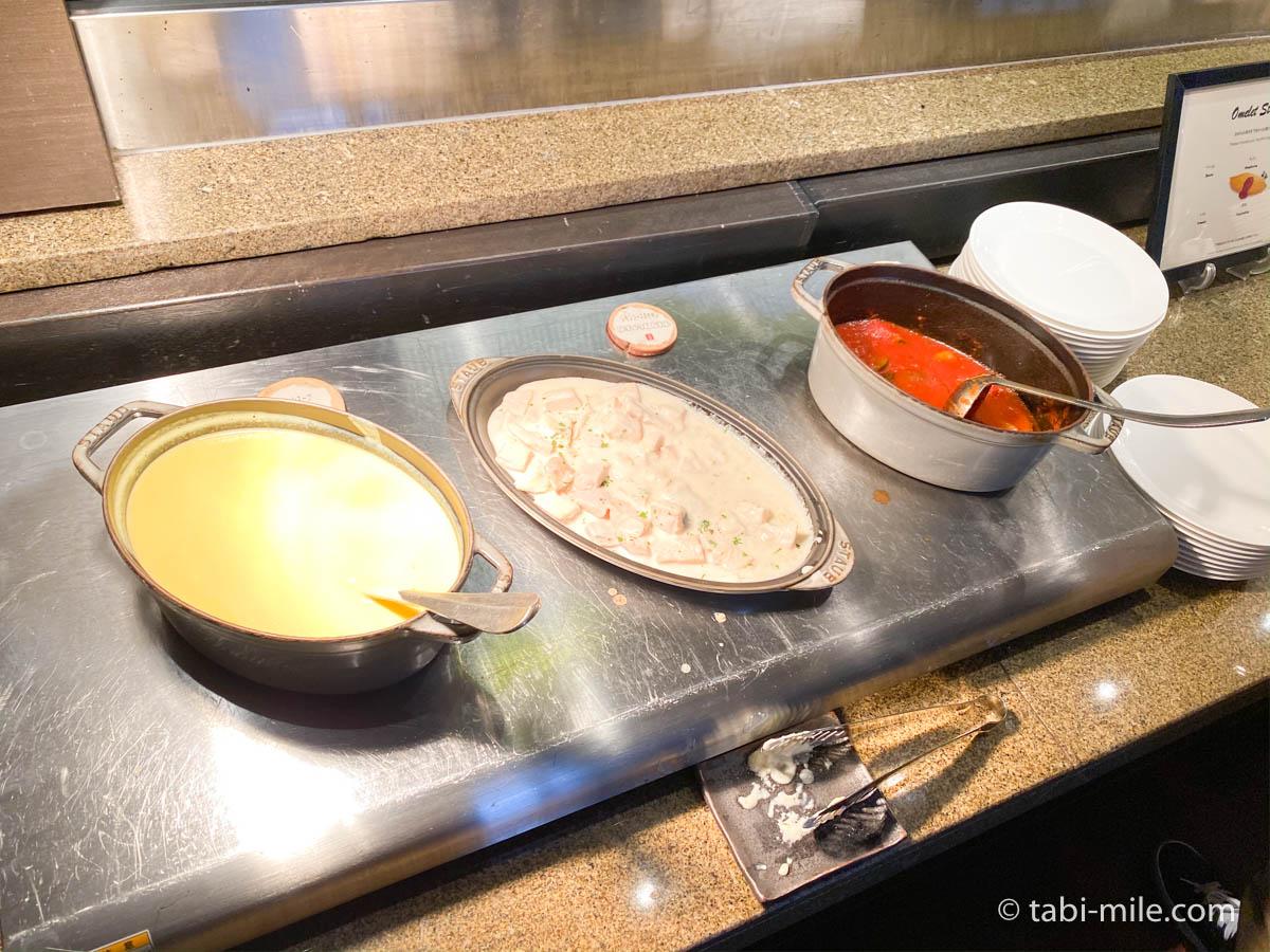 リッツカールトン沖縄、朝食ビュッフェ、グスク、スープ