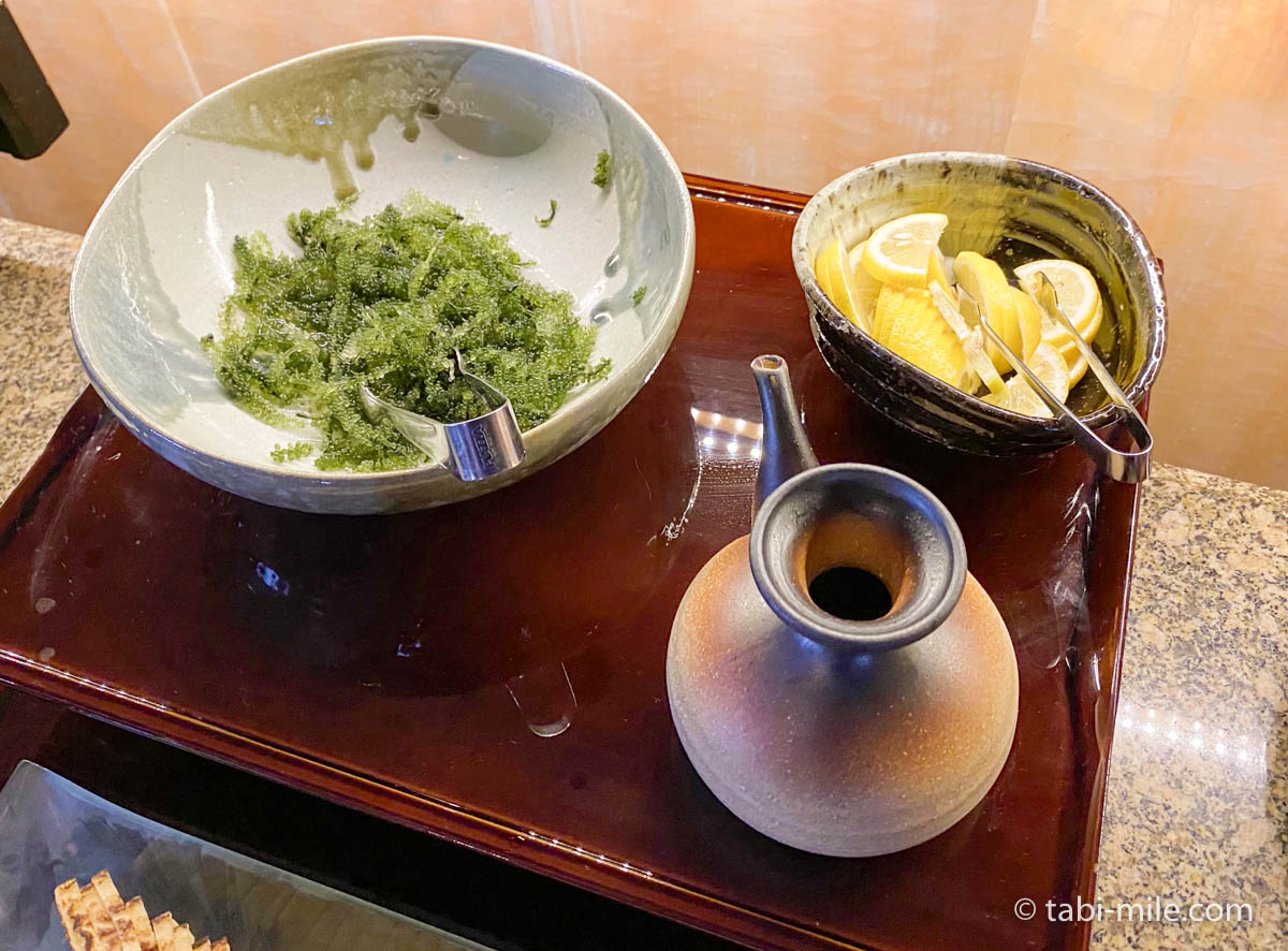 リッツカールトン沖縄、朝食ビュッフェ、グスク、朝食ビュッフェの様子、海ぶどう