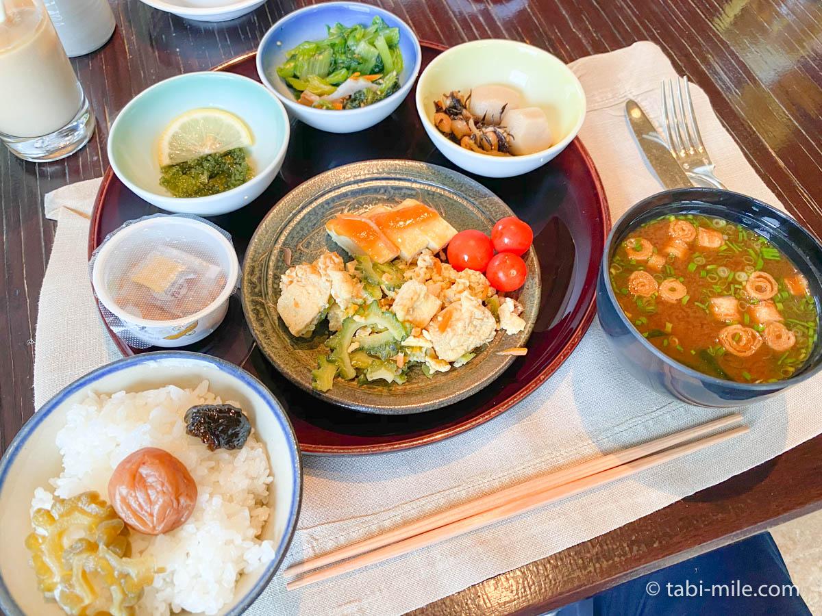 リッツカールトン沖縄、朝食ビュッフェ、グスク、食べた朝食、沖縄料理