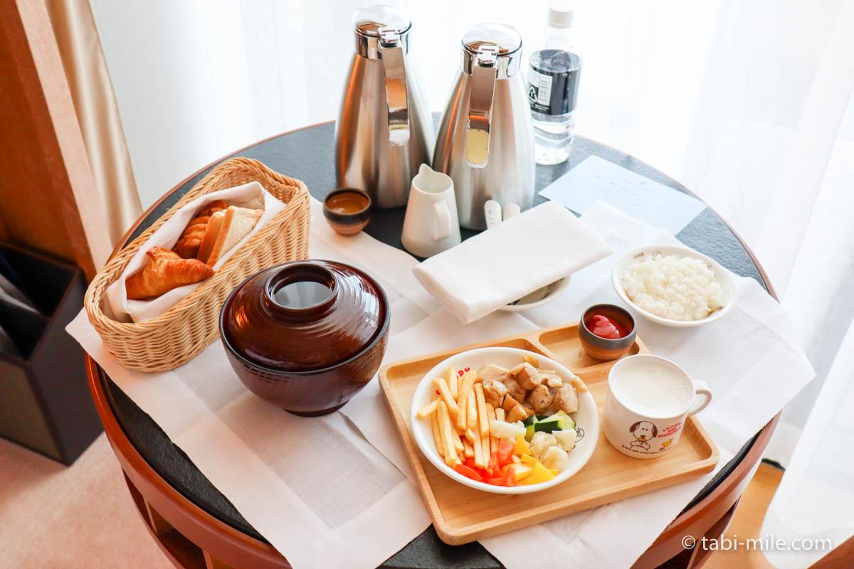 リッツ・カールトン沖縄、ルームサービス、朝食、リッツキッズ、お肉セット