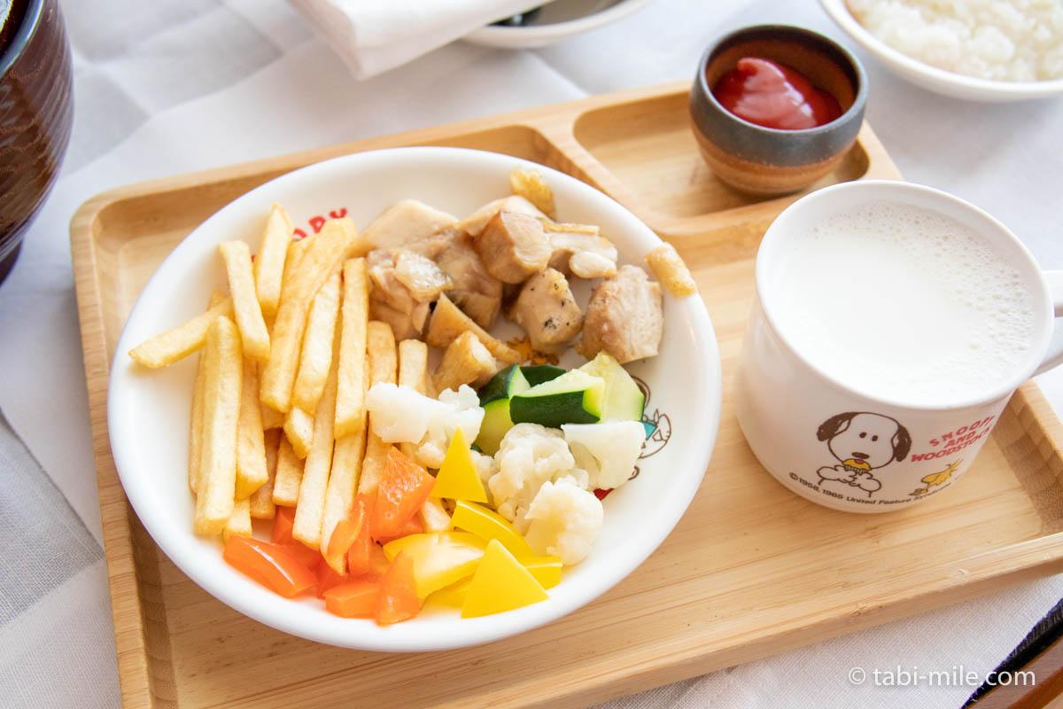 リッツ・カールトン沖縄、ルームサービス、朝食、リッツキッズ、チキンのソテー
